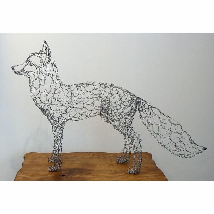 Metallic Sculpture : Wire fox - I\'d love to make this but chicken ...