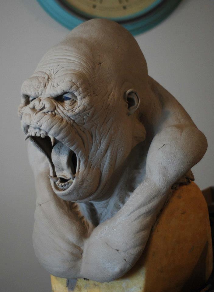 Aggressive Art Sculpture Clay Art Sculptures