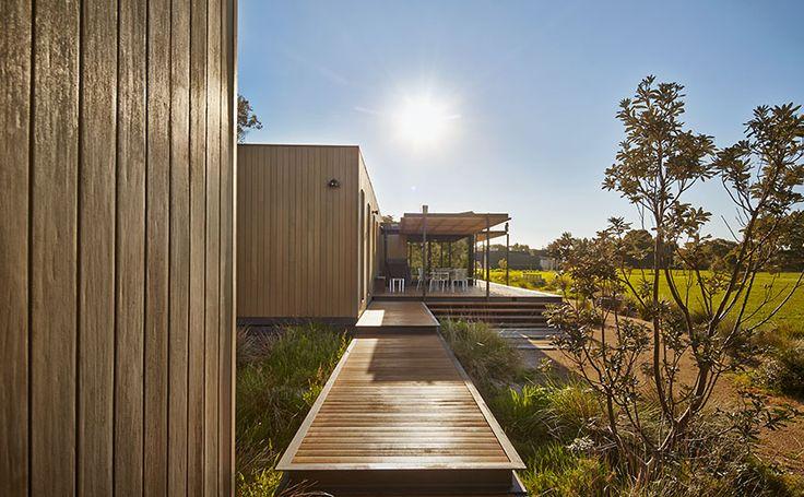 Modern House Design Cliff House By Modscape Australia
