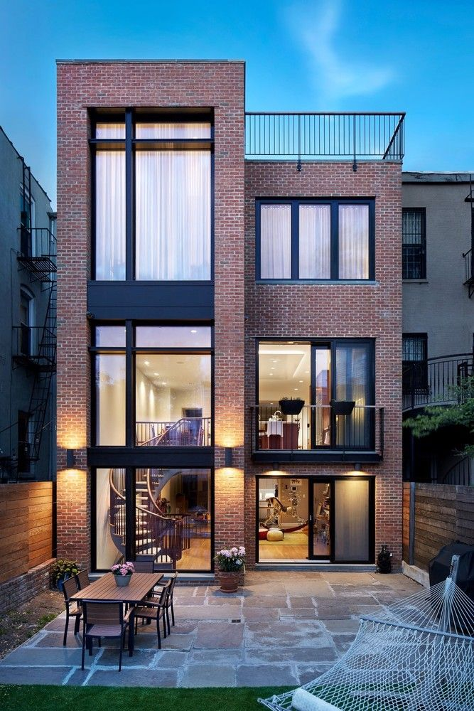 Modern house design brooklyn passive house plus baxt for Via design architects