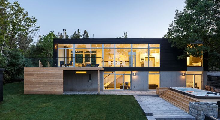Modern House Design Waterfront Home
